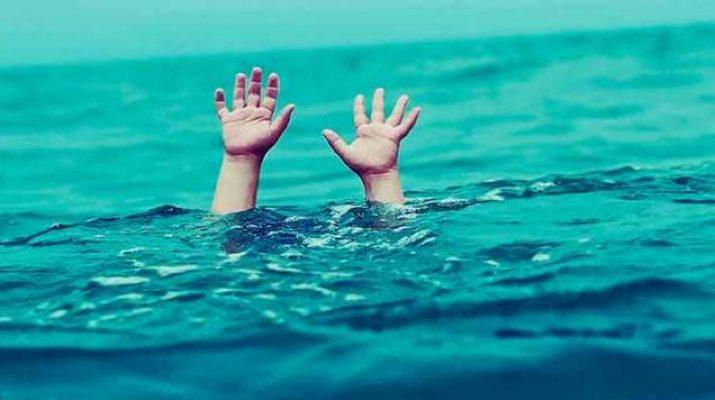 Photo of غرق طفل وإنقاذ شقيقته بأحد الشواطئ العامة برأس غارب