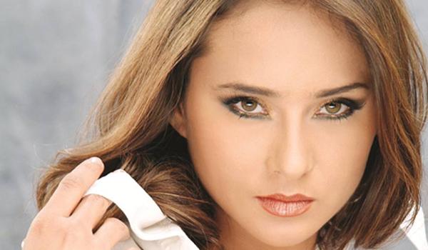 صورة سر بكاء نيللي كريم في برنامج السيرة مع وفاء الكيلاني