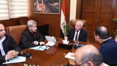 Photo of محافظ بورسعيد يتابع أعمال لجنة التراث بالمحافظة