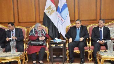 Photo of رئيس جامعة كفر الشيخ يستقبل وفد المعمل المركزي لبحوث الثروة السمكية