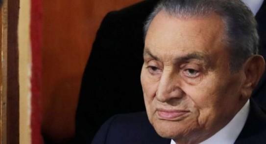 Photo of الرئيس الأسبق حسني مبارك يجري عملية جراحية