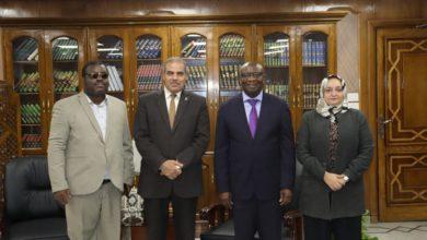 Photo of رئيس جامعة الأزهر: نسعى لنشر بنود وثيقة الأخوة الإنسانية في كافة الجامعات الأفريقية