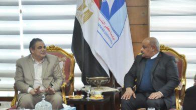 Photo of رئيس جامعة كفر الشيخ يستقبل وفد منظومة الشكاوى الموحدة