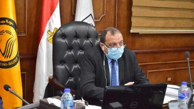 Photo of رئيس جامعة بنى سويف: تصنيع 20 ألف ماسك طبي لمواجهة فيروس كورونا
