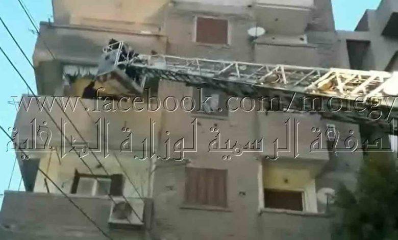 Photo of وحدات الإنقاذ تنقذ 12 محتجزا فى عقار منهار بالشرقية