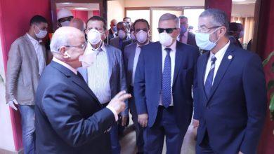 صورة وفد برلماني من لجنة الإسكان يتفقد محطة مياه روض الفرج.. صور