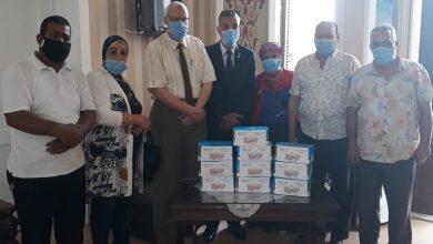 Photo of أمانة الحركة الوطنية بالإسكندرية تتبرع بـ500 ماسك طبي لمستشفى المترنتيه