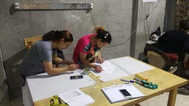 صورة «تطبيقية حلوان» تنظم ورشه عمل بمركز الخصوص للتدريب على الخياطة وقص الباترون