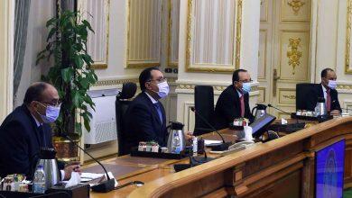 صورة رئيس الوزراء يتابع موقف المشروعات التنموية والخدمية الجاري تنفيذها في السويس
