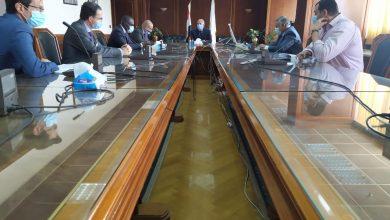 صورة وزير الري يناقش السد الإثيوبي مع سكرتير لجنة الشئون الخارجية الفرنسي