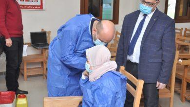 الأطقم الطبية بجامعة كفرالشيخ تتلقى لقاح كورونا