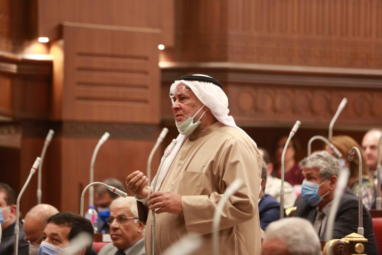 عبدالرزاق يرفع أعمال الجلسة العامة للشيوخ