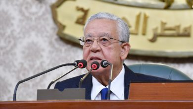 رئيس النواب يفتتح الجلسة العامة للبرلمان