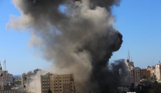القوات الإسرائيلية تستخدم الرصاص الحي لتفريق مظاهرات نابلس