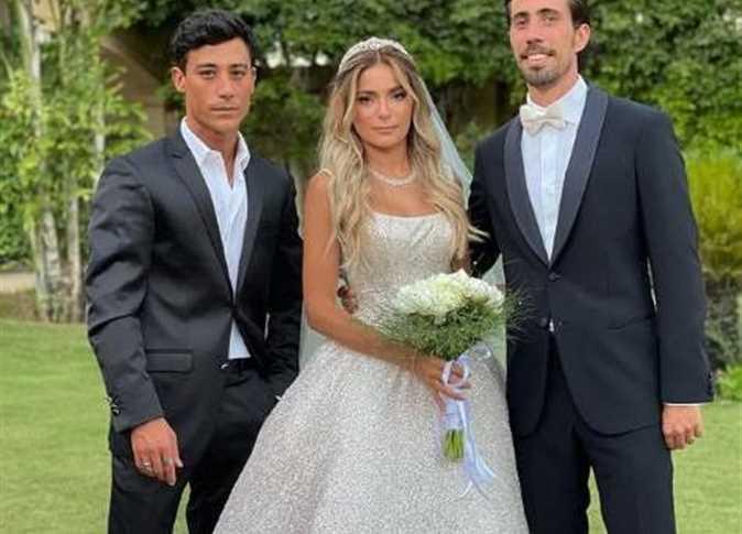 التفاصيل الكاملة لإطلالة كاميليا الدفراوي ابنة علا غانم في حفل زفافها