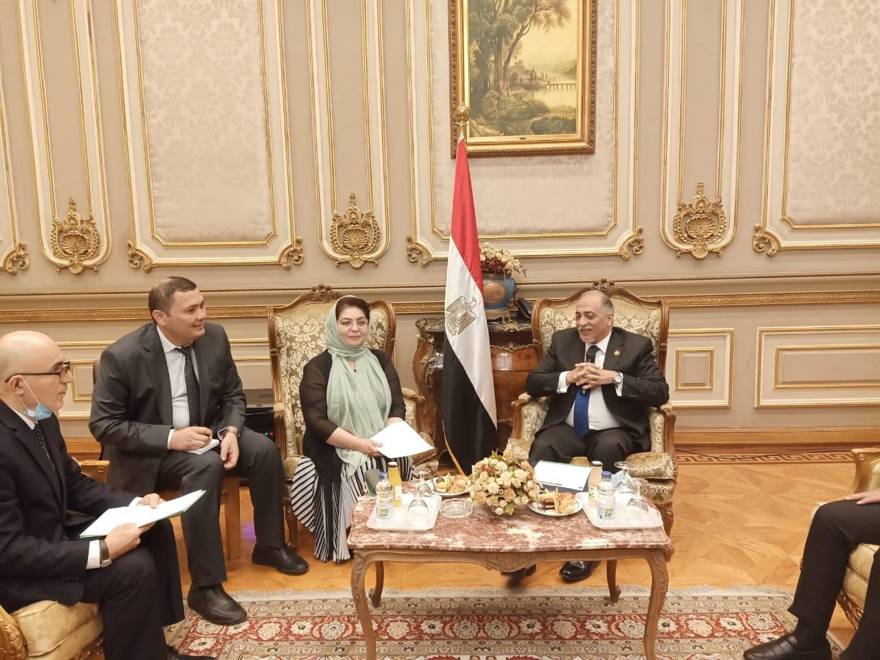 القصبى لوفد أوزبكستاني: نرفض إزدواجية بعض الدول للتدخل فى الشئون الداخلية